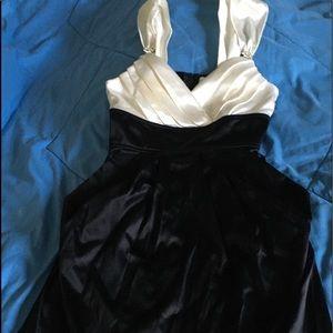 Women's Dress (Juniors)